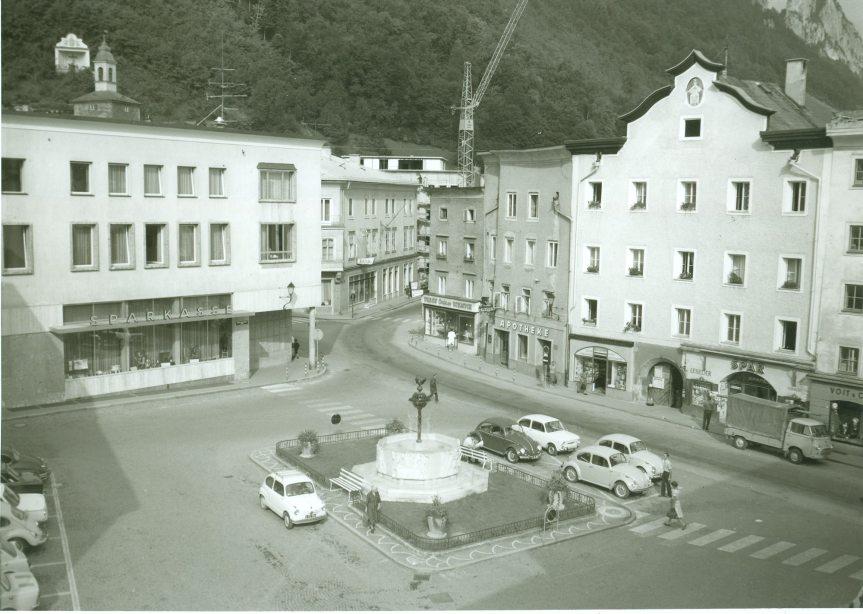 Bayrhamerplatz um 1970